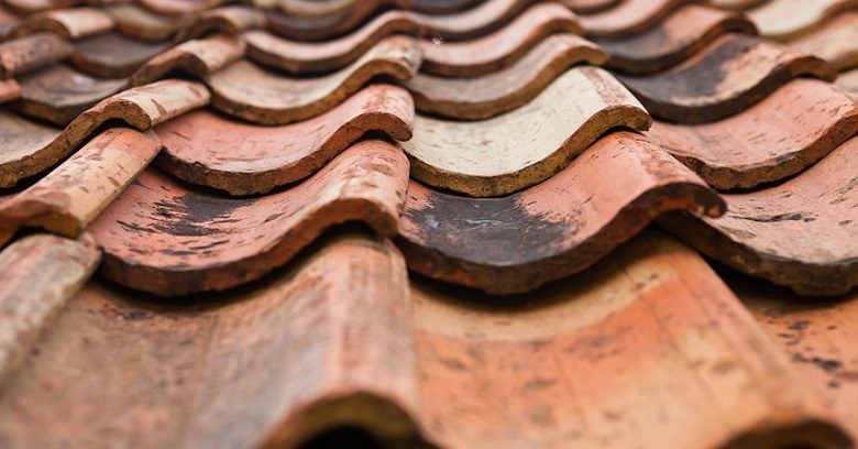 Learn the major warning signs that it's time for a new roof!